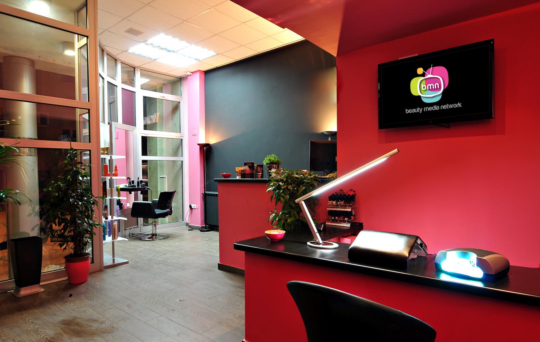 Beauty media network tv digital media network for Salon marketing digital